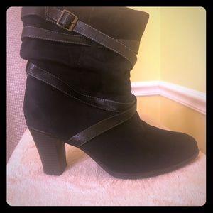 Avenue low calf boot